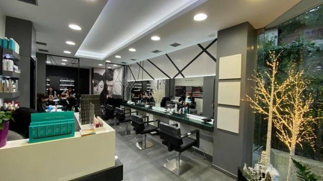 ΚΟΜΜΩΤΗΡΙΟ ΧΟΛΑΡΓΟΣ | M&M HAIR STYLING CUT COLOUR